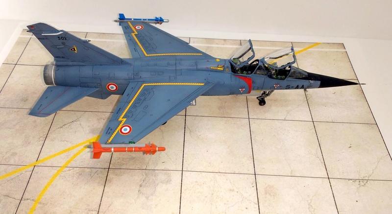 Mirage F1B [Special Hobby 1/72 + Berna + Res-Kit] Img_2052