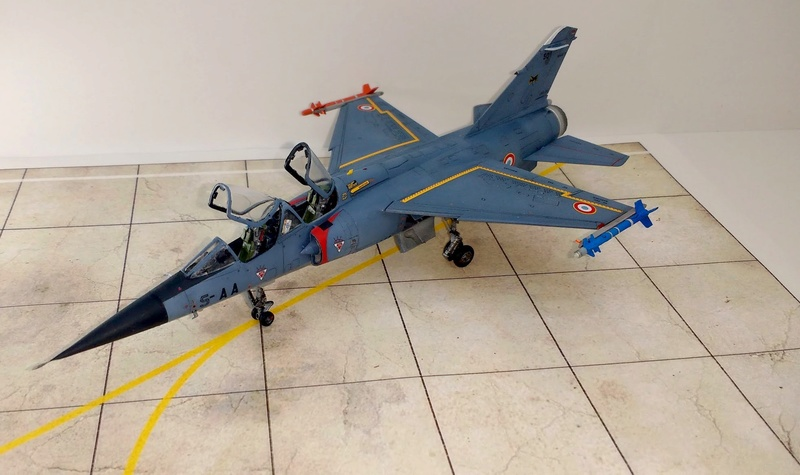 Mirage F1B [Special Hobby 1/72 + Berna + Res-Kit] Img_2055