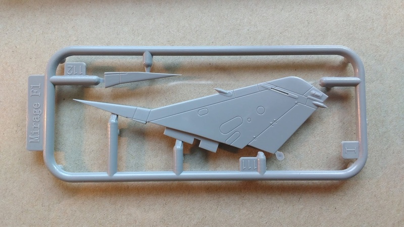 Mirage F1EQ Irak [Special Hobby 1/72] Img_2072
