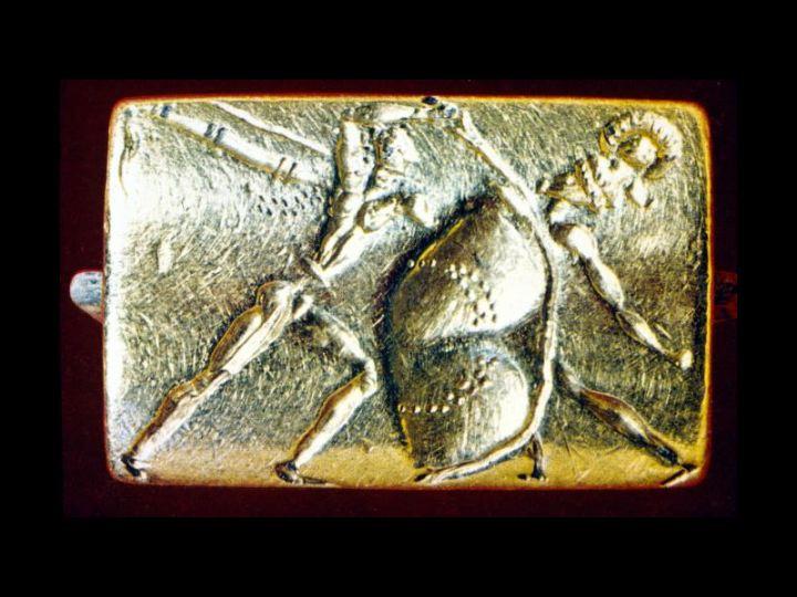 Une agate mycénienne gravée Img_3821