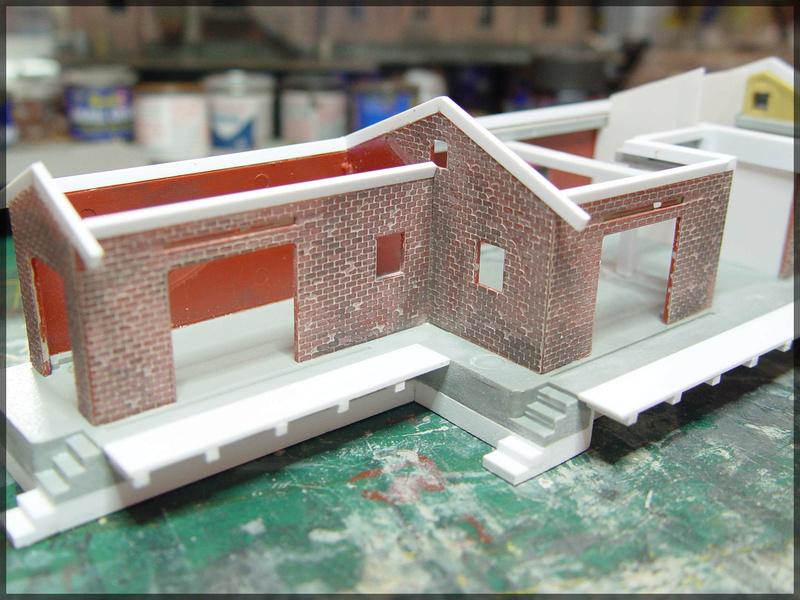 Bahnbauten - Auhagen / Pola / Kibri / Faller / Vollmer Dsc04121