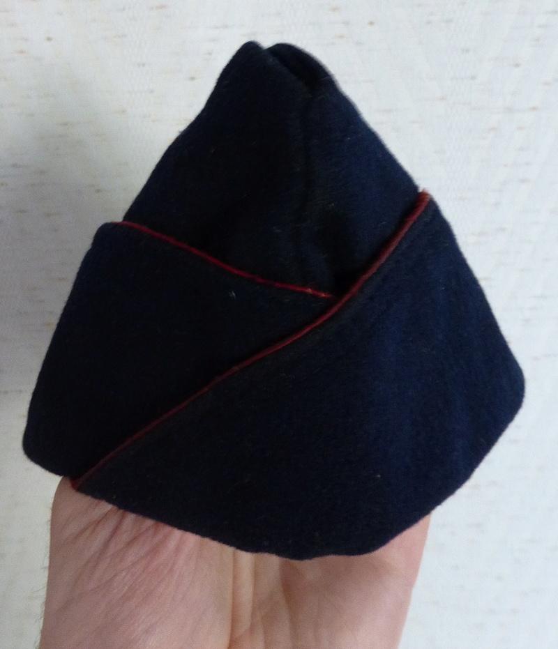 calot bleu foncé P1030431