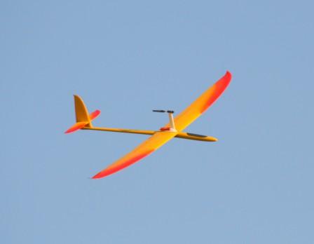 Propulsion sur pylone Ema-po11