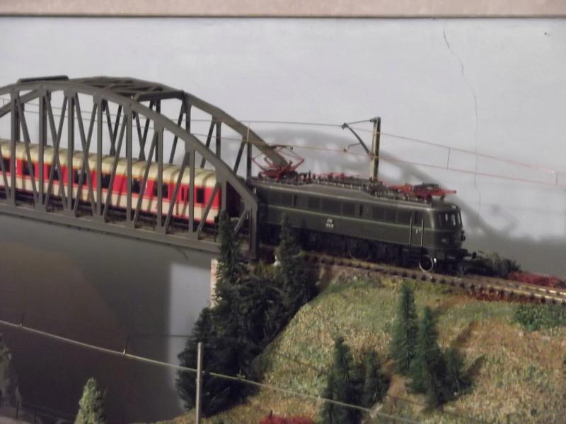 Züge der ÖBB so zwischen etwa 1970 und 1980 Dscf0711