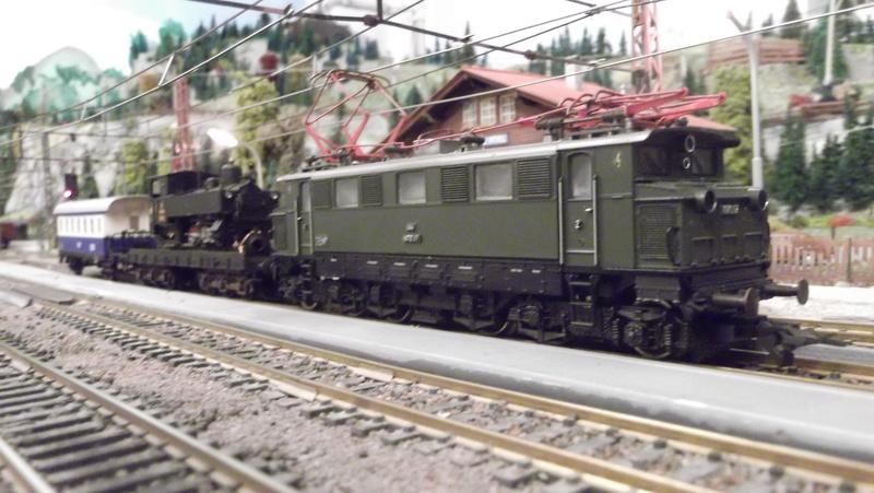 Züge der ÖBB so zwischen etwa 1970 und 1980 Dscf2013