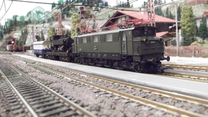 Züge der ÖBB so zwischen etwa 1970 und 1980 Dscf2014