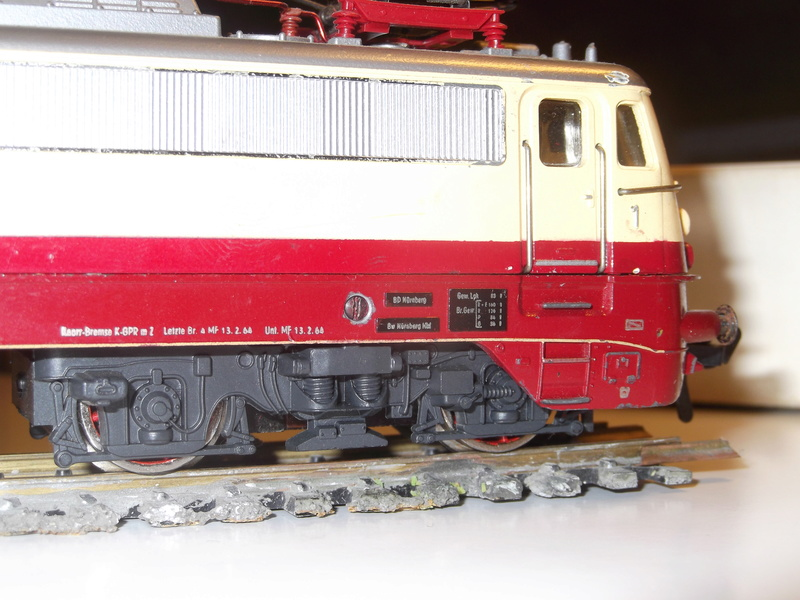 DB E 10 1312 Bügelfalte TEE (Guss) Dscf3614