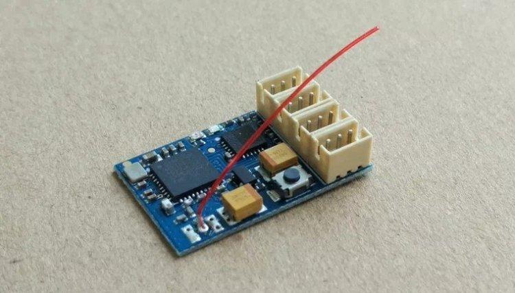 Récepteur Atomic 4CH Brx00210