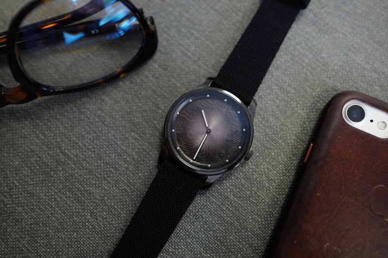 AWAKE, la marque de montre engagée - Page 3 L1300510