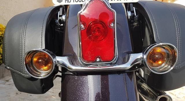 Cerclage phares AV sur ma DELUXE .... Cligno12