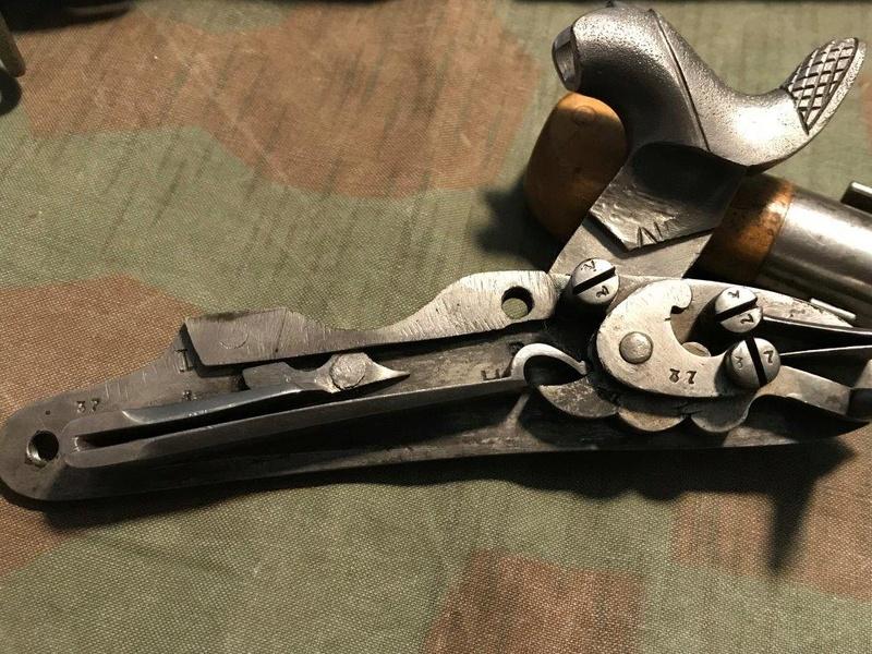 Fusil d'ordonnance 17/42/59/67 au système Amsler (tabatière) Img_0431