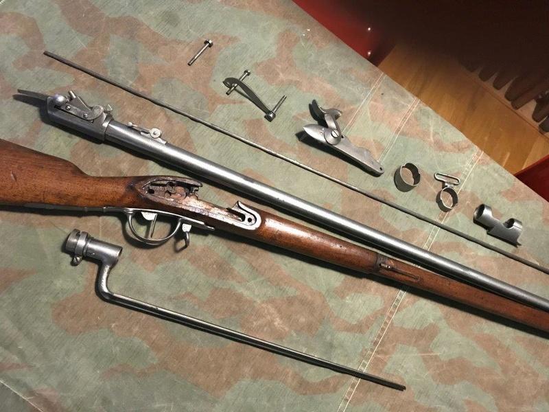 Fusil d'ordonnance 17/42/59/67 au système Amsler (tabatière) Img_0454