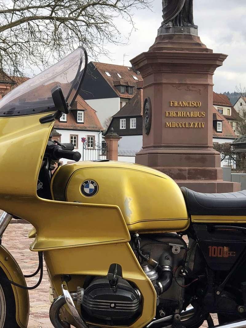 Photos de vous et de votre moto devant ....un château  - Page 15 Img_0810