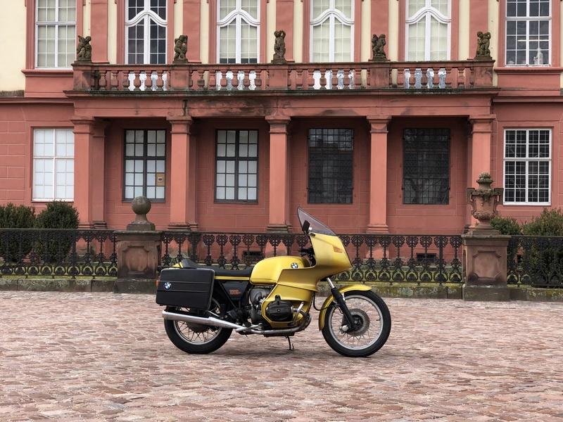 Photos de vous et de votre moto devant ....un château  - Page 15 Img_8910