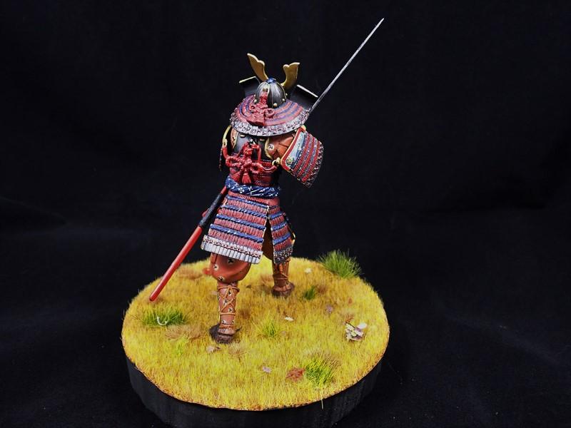 Petit test entre deux petits blindés Samurai  MiniArt 1/16 Alex2012