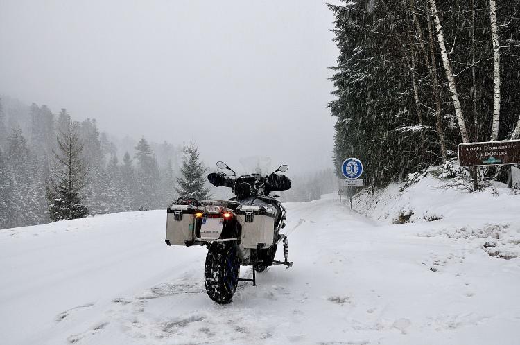 Il neigeait chez moi, j'ai pris la moto ! Redimr29