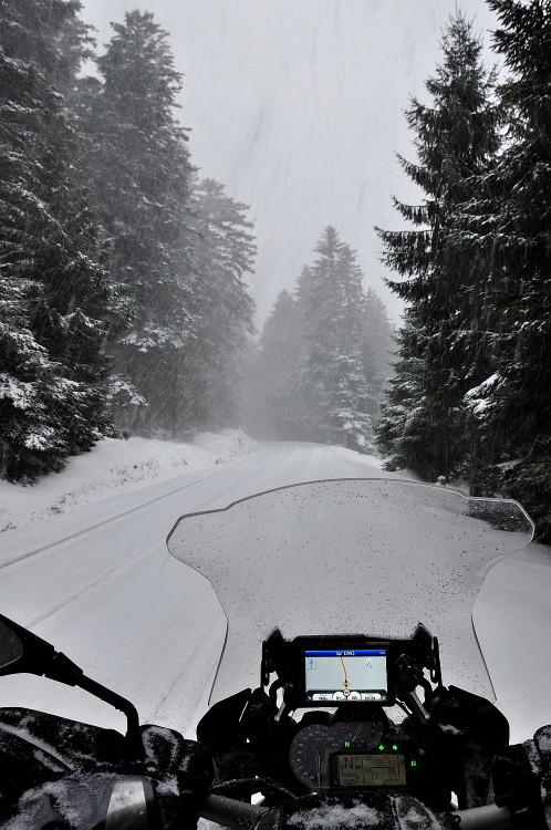 Il neigeait chez moi, j'ai pris la moto ! Redimr32