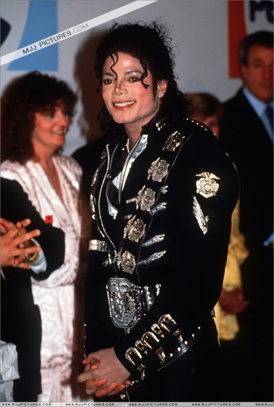 Bad World Tour Offstage 1988- Meeting Princess Diana & Prince Charles 001-8611
