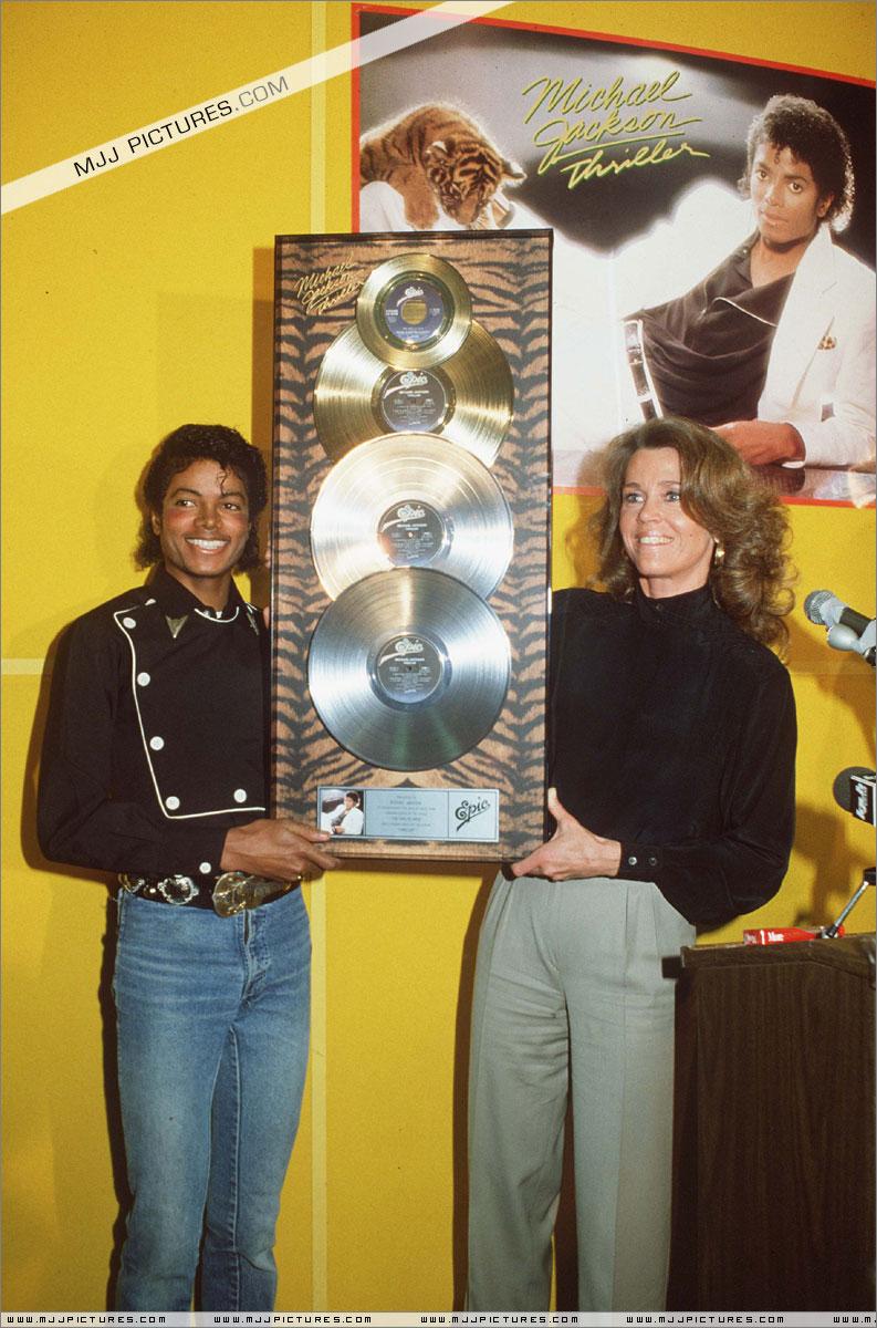 1983- Platinium Certification for Thriller 00150