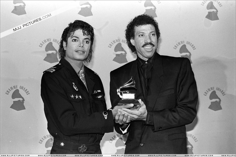 1986- The 28th Grammy Awards 00166