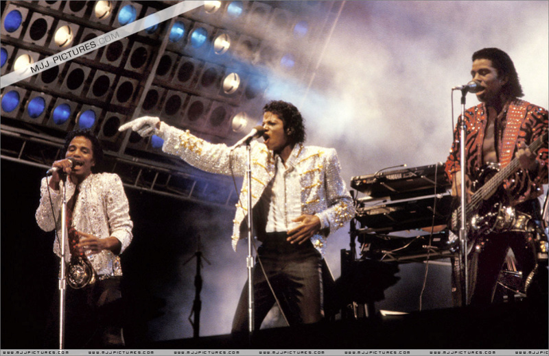 Victory Tour 00178