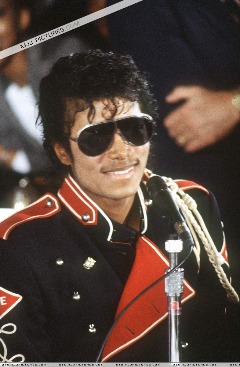 1983- Victory Tour Press Conference 00242