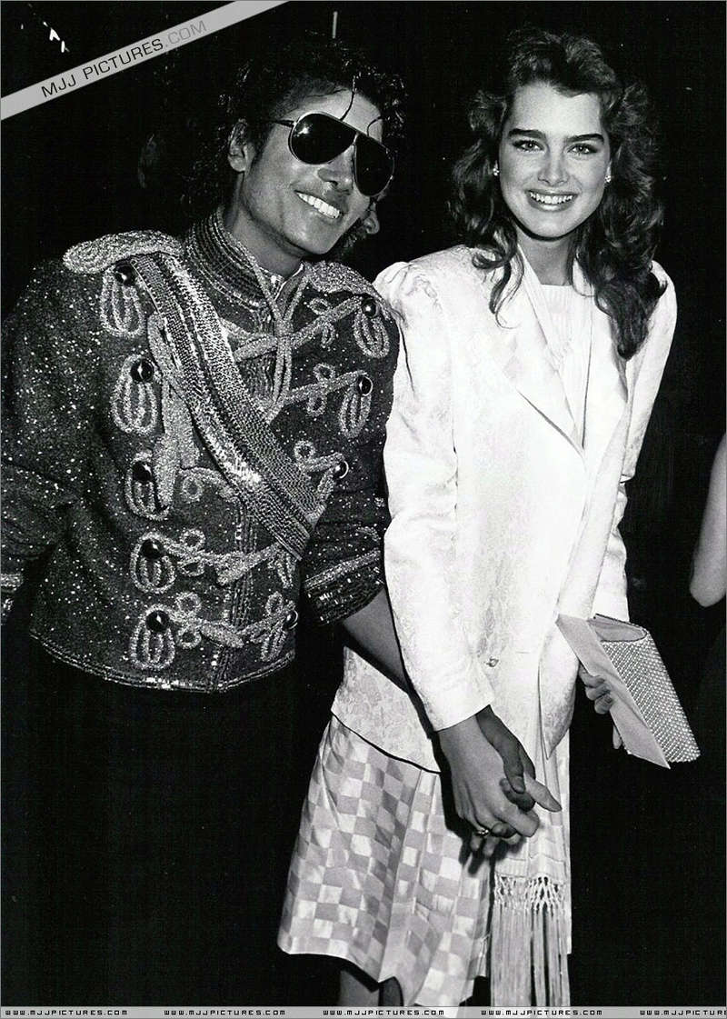 1984- The 11th American Music Awards 00255