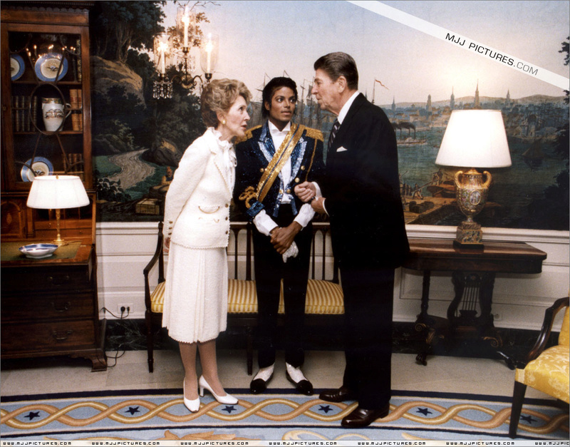 1984- White House Presidential Award 00260
