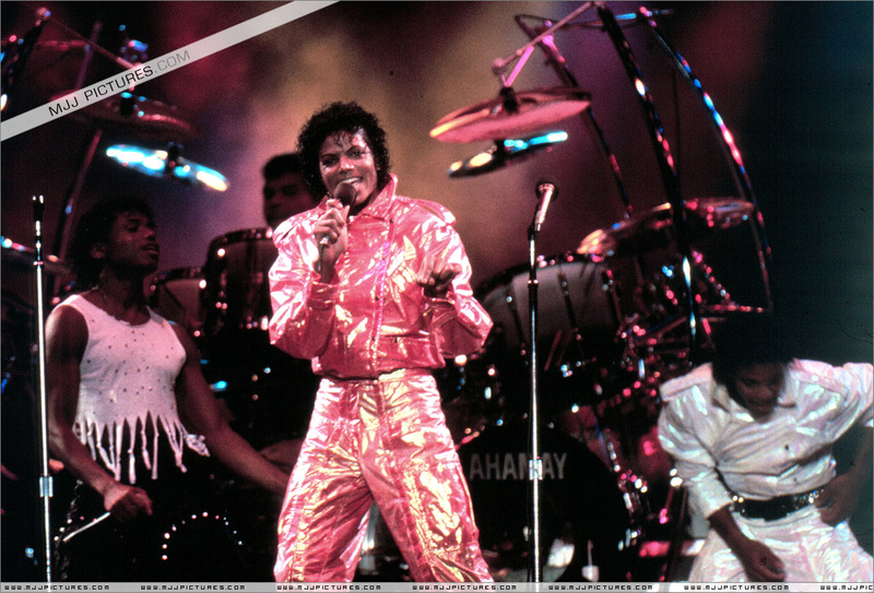 Victory Tour 00276