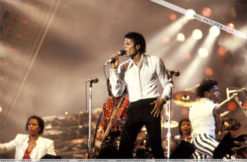 Victory Tour 00277