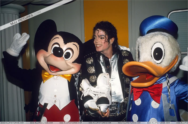 Bad World Tour Offstage 1989- Miscellaneous 003-8410