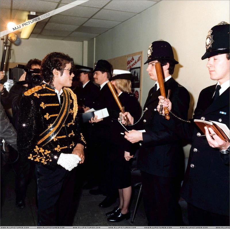 1985- Michael Visits Marylebone Police Station 00337