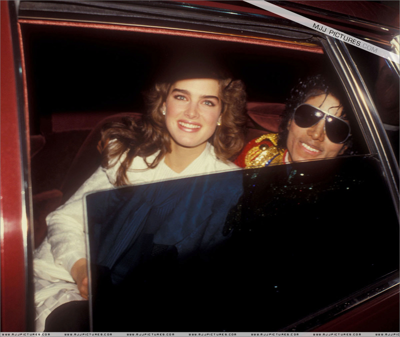 1984- The 11th American Music Awards 00353