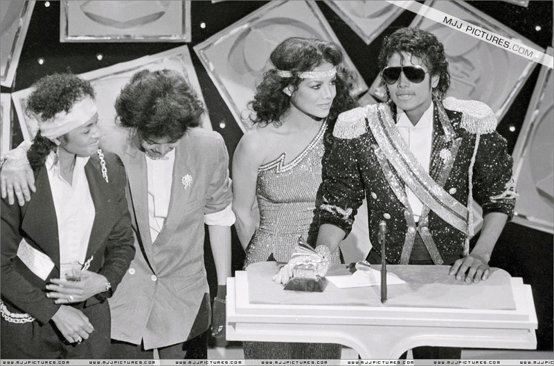 1984- The 26th Grammy Awards 00354