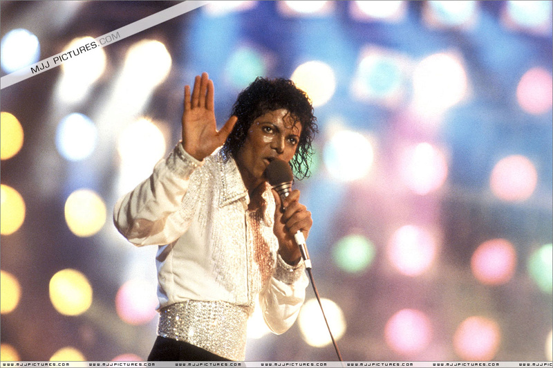 Victory Tour 00372
