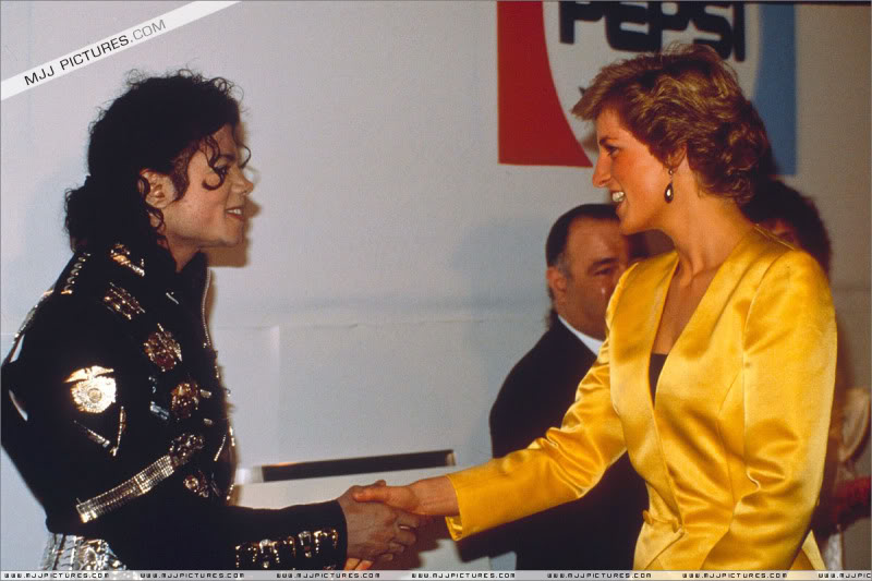 Bad World Tour Offstage 1988- Meeting Princess Diana & Prince Charles 004-7811