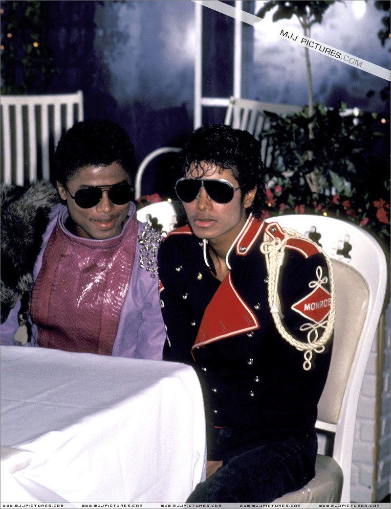 1983- Victory Tour Press Conference 00438