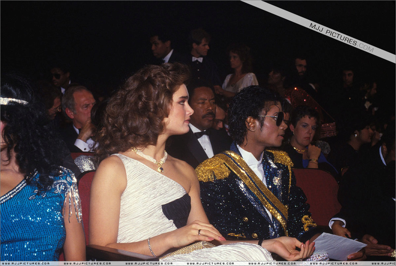 1984- The 26th Grammy Awards 00450