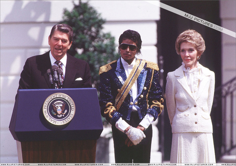 1984- White House Presidential Award 00454