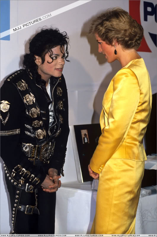 Bad World Tour Offstage 1988- Meeting Princess Diana & Prince Charles 005-7211