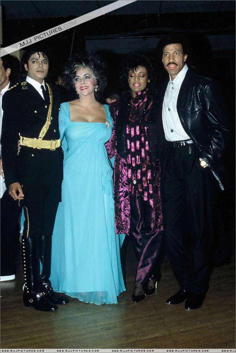 1986- The 14th American Music Awards 00546