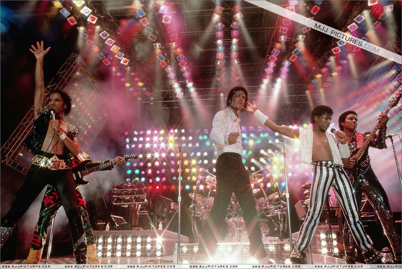 Victory Tour 00557