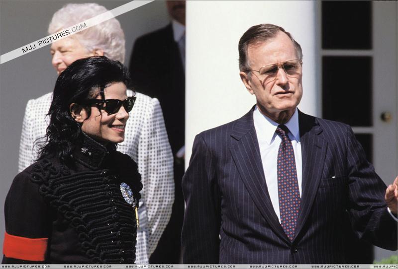1990- White House Visit 00571