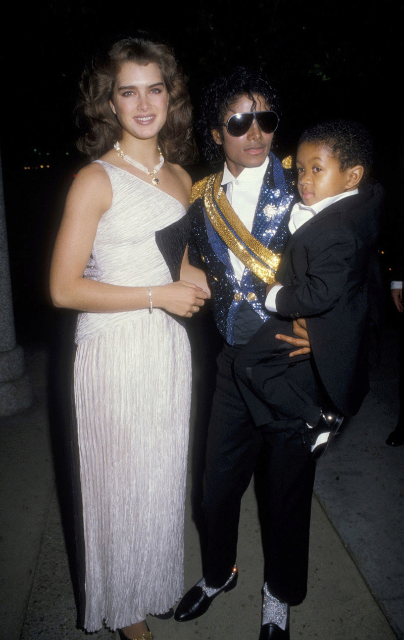 1984- The 26th Grammy Awards 00638
