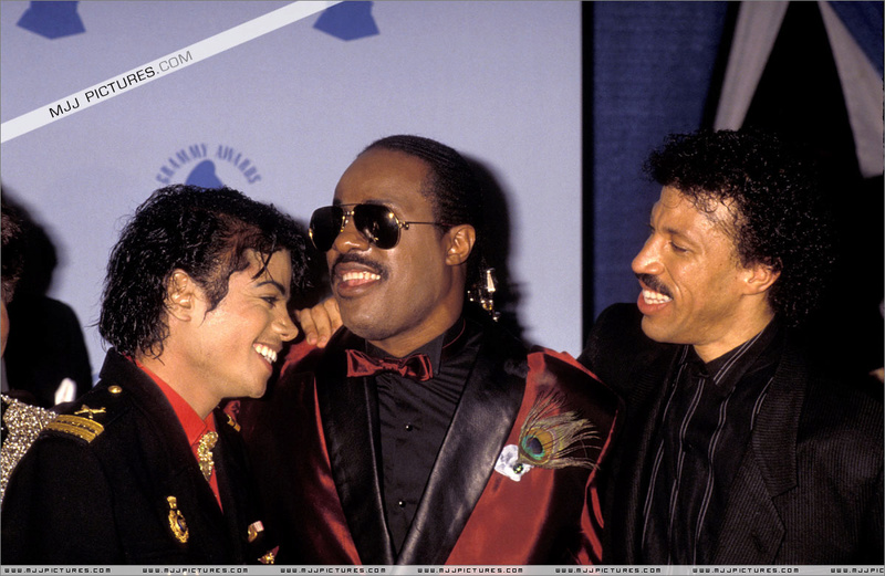 1986- The 28th Grammy Awards 00643