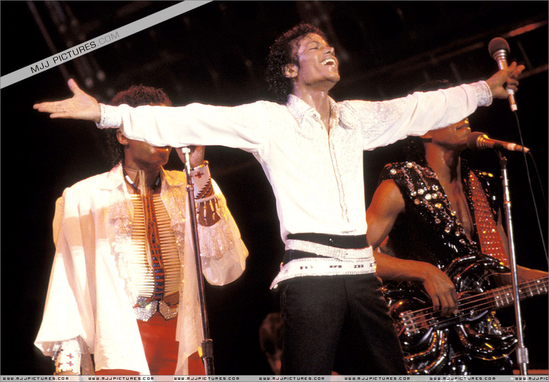 Victory Tour 00651