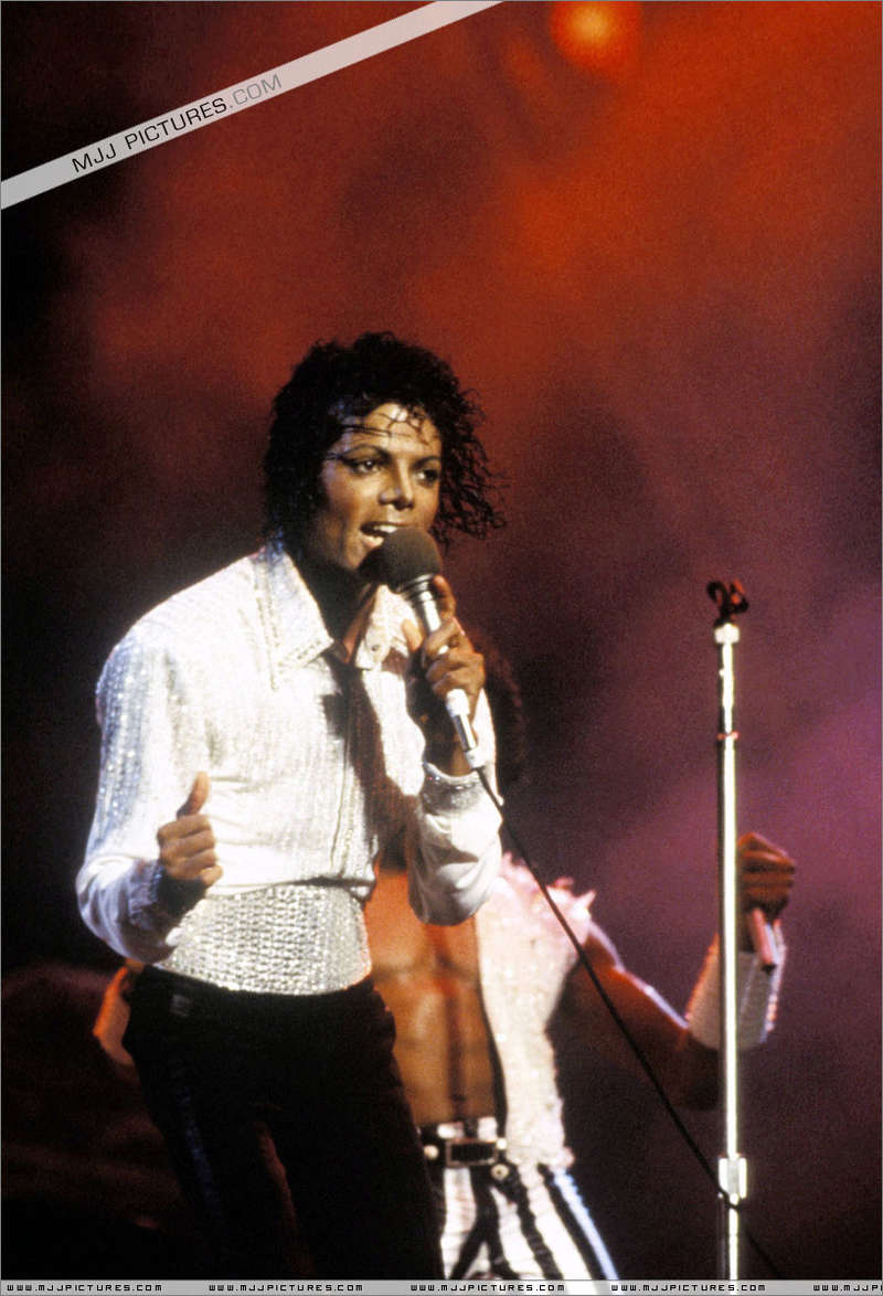 Victory Tour 00750