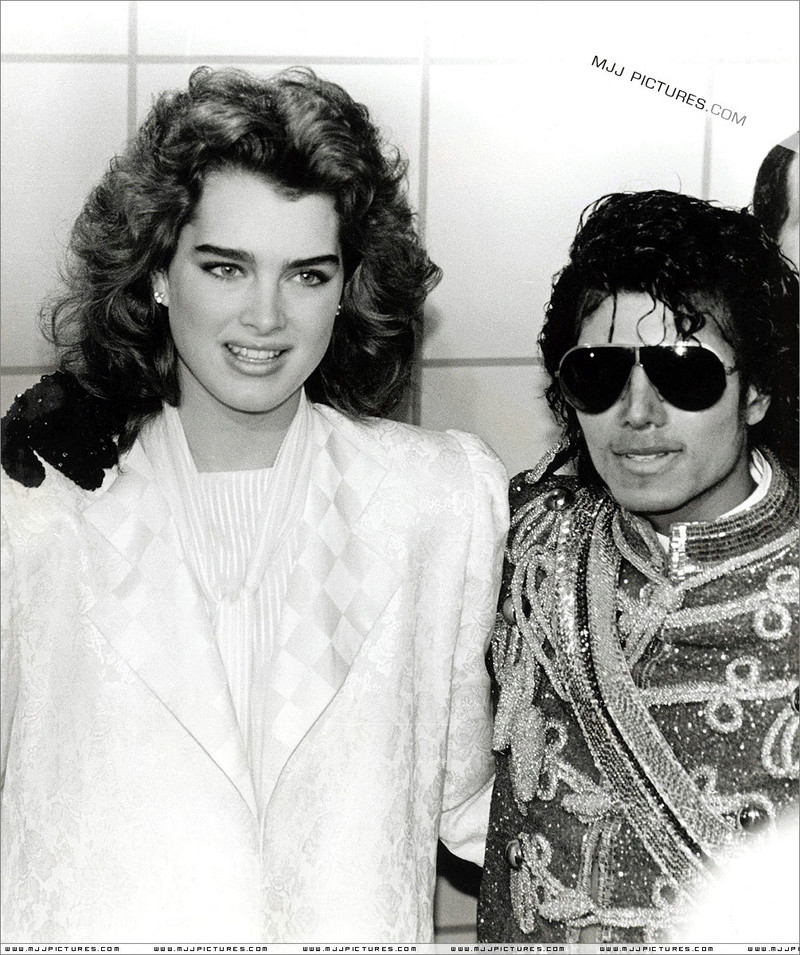1984- The 11th American Music Awards 00832