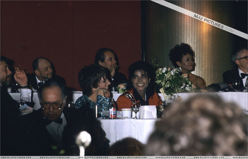 1988- The United Negro College Fund 44th Anniversary Dinner 00856