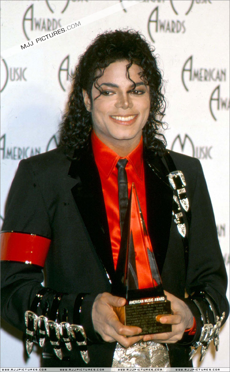1989- The 16th American Music Awards 00858